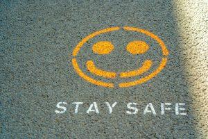 Znak stay safe